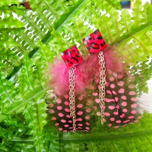 NWT Handmade Pink Feather Leopard 4-in-1 Earrings